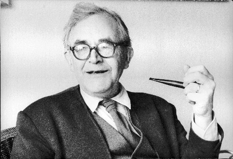 Barth with pipe