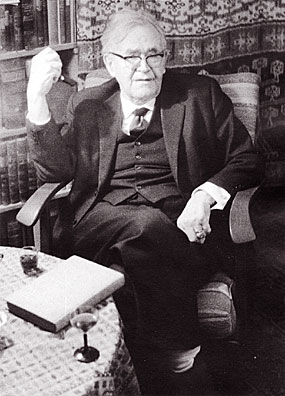 karl-barth in study